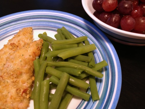 chicken, green beans, and grapes