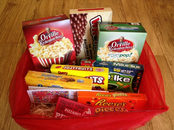 Create a fun movie night gift basket with Redbox codes! & 3 Fabulous Ways to Give Redbox Codes - Simply Rebekah