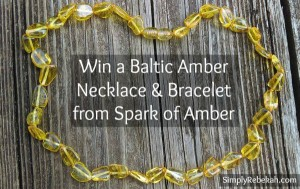 Necklace & Bracelet Set from Spark of Amber – Christmas Giveaway Week!