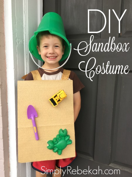 I love this adorable kid's sandbox halloween costume. This is a DIY easy enough for me to handle!